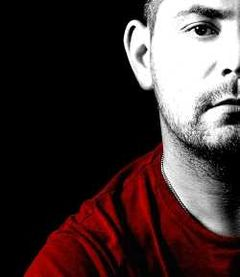 Adrian Eftimie este 'singur' - single nou