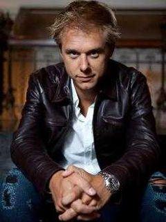 Armin van Buuren revine in Romania