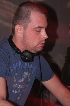 Adrian Eftimie - votat cel mai bun DJ roman la Nights Awards 2009