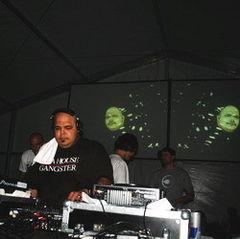 DJ Sneak revine in Bucuresti pe 6 decembrie