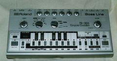 Hardware - Roland TB 303, eroul acid-house
