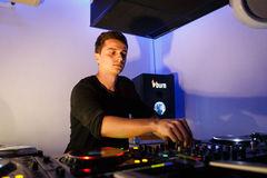 Highlight-uri din boocamp-ul Burn Studio Residency de la Ibiza cu Mano Andrei, reprezentantul Romaniei in concurs