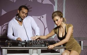 DJ Rynno si Sylvia