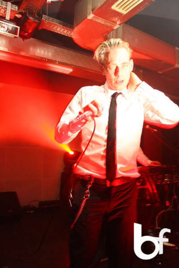 Poze Concert The Covenant, Club Control