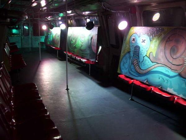 Poze Going Underground - Party la Metrou, joi 27 mai