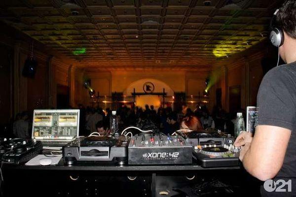 Andrew Clarke @ Club Berlin
